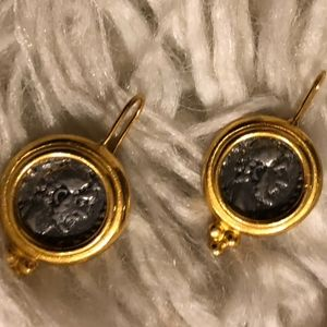 CAROLEE PIERCED EARRINGS